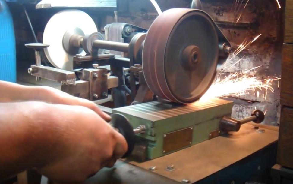 Как сделать электромагнитный стол своими руками 45